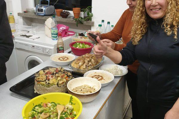 2019-11-04 Um die Welt kochen und Musik (7)